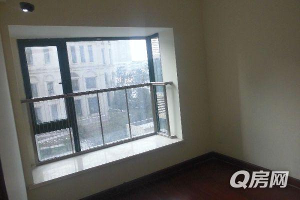 恒大名都 豪华装修大气3房 客厅落地窗鸟瞰整个郑州 业主